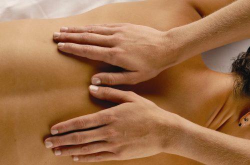 massaggio di bellezza con olio