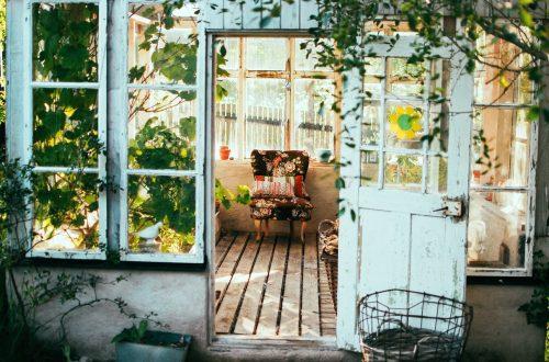 giardino con serra romantica