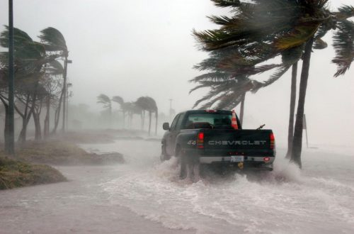 uragano tropicale riscaldamento globale