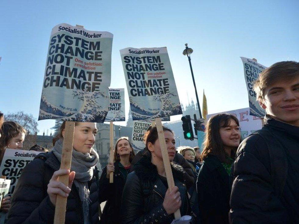 clima Greta Thunberg chiama allo sciopero mondiale