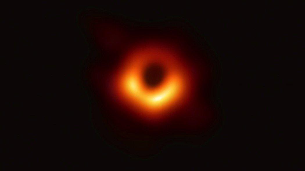 Buco Nero la prima immagine che farà epoca