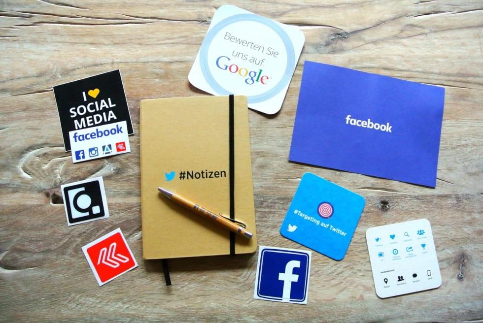 cosa c'è dietro facebook e i social media