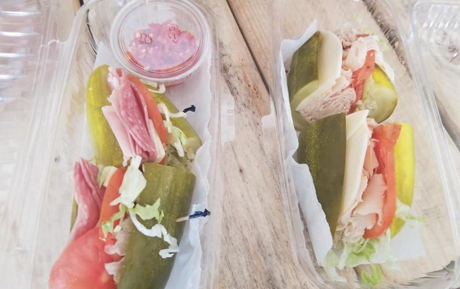 Il panino di cetriolo vegano viene dagli USA