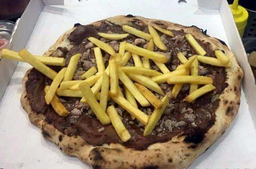 pizza nutella patatine fritte e salsiccia