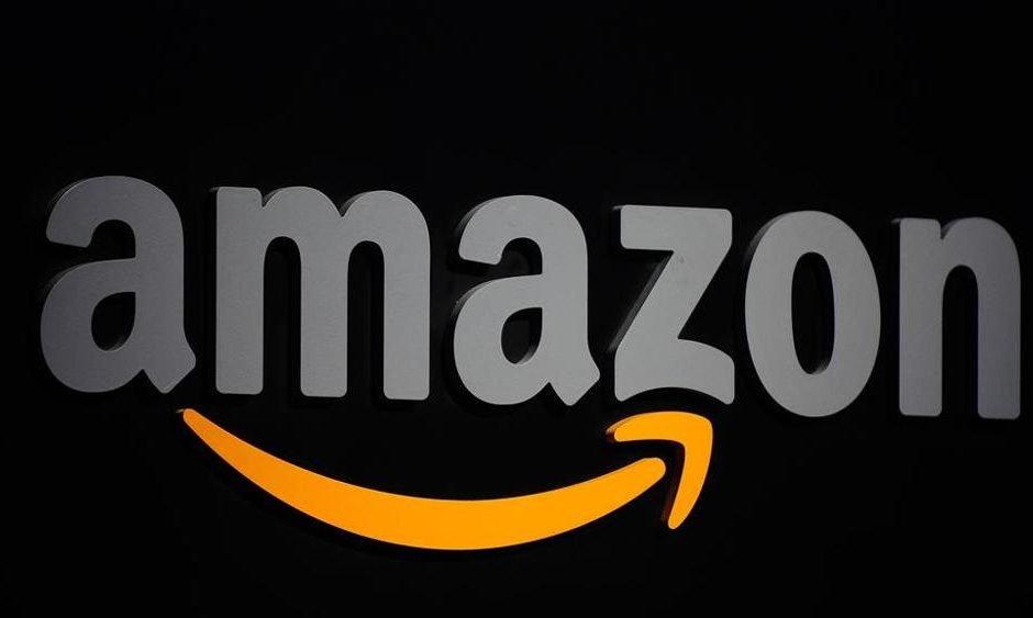 La protesta dei lavoratori di Amazon per l'ambiente
