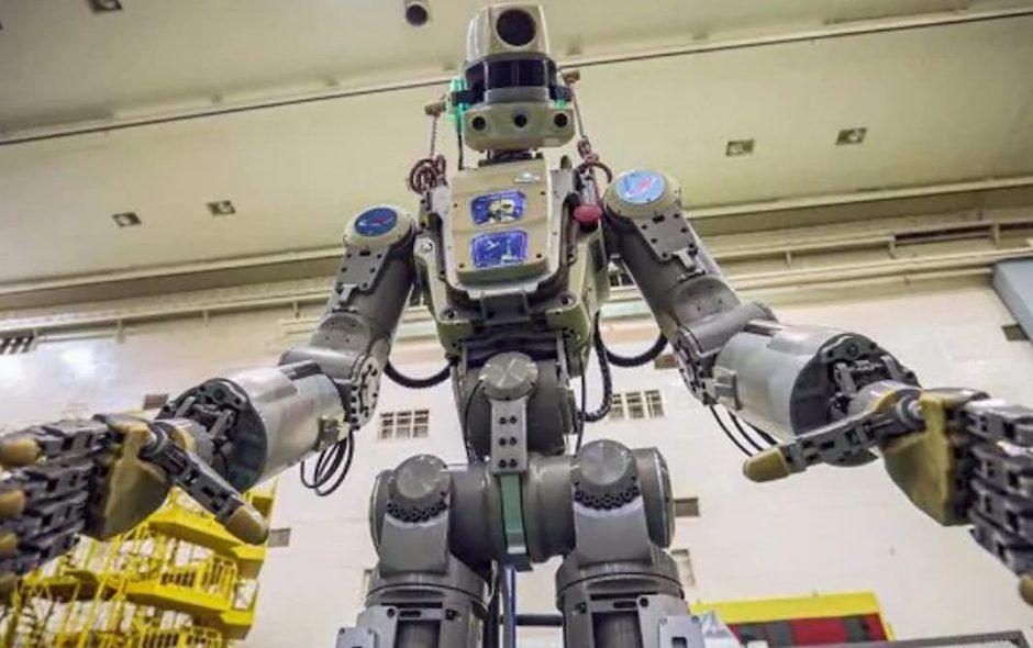 Robot umanoide russo inviato nello spazio