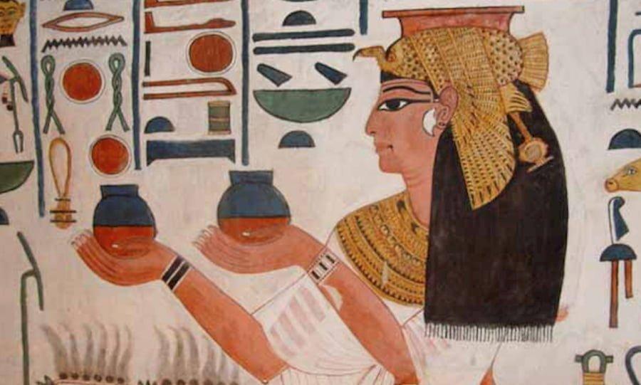 profumi egizi nefertiti