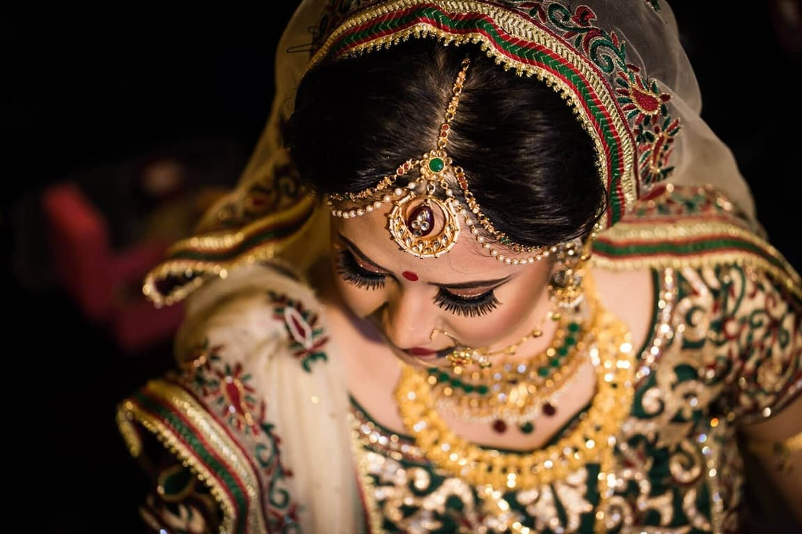 La verginità scompare dai contratti di matrimonio