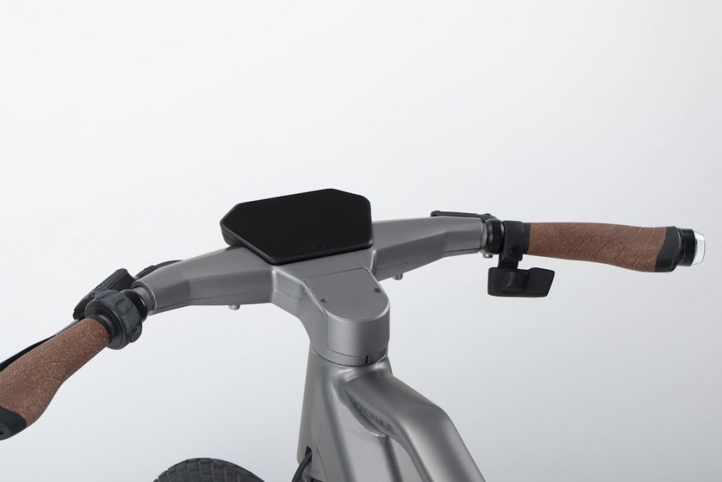 e-bike che avvisa del pericolo