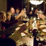 Feste di Natale a tutto cibo, pranzi cenoni e regali
