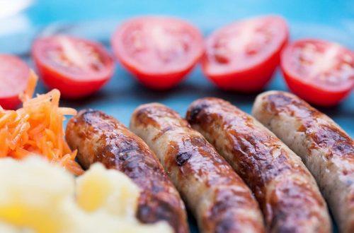 carne di maiale e salsicce vegetali