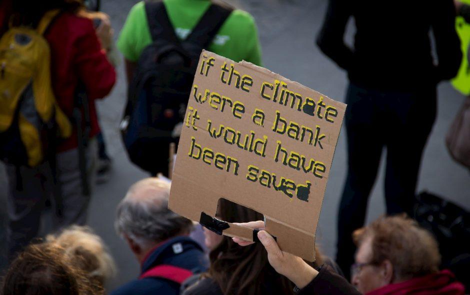Greta Thunberg, ovvero, siamo incapaci di cambiare