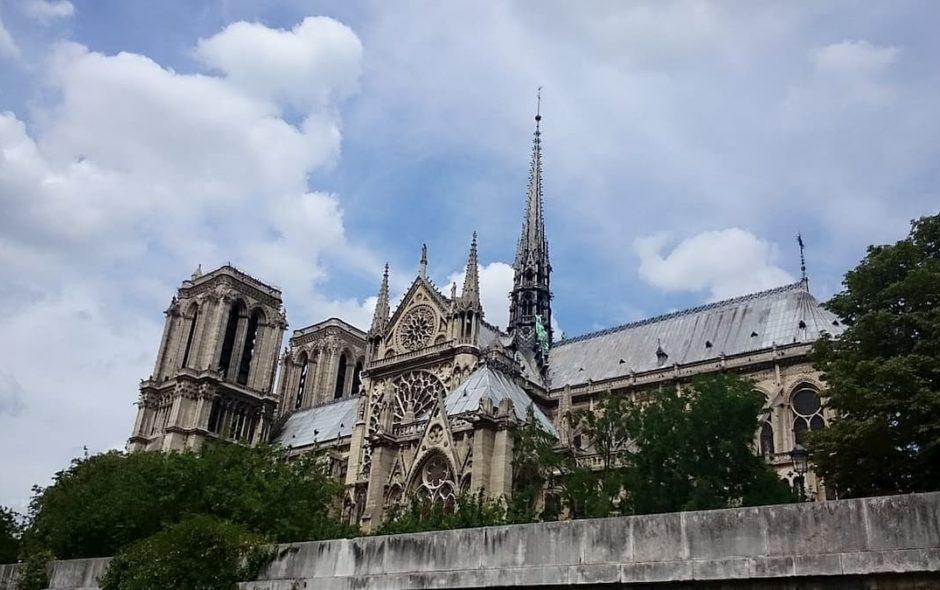 I ladri all'assalto di Notre-Dame