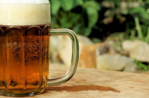 Cresce la vendita di birra ma rischiano di sparire i micro-birrifici