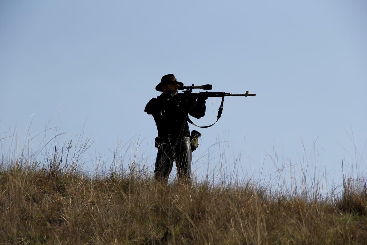 Uccidere i bracconieri è etico?
