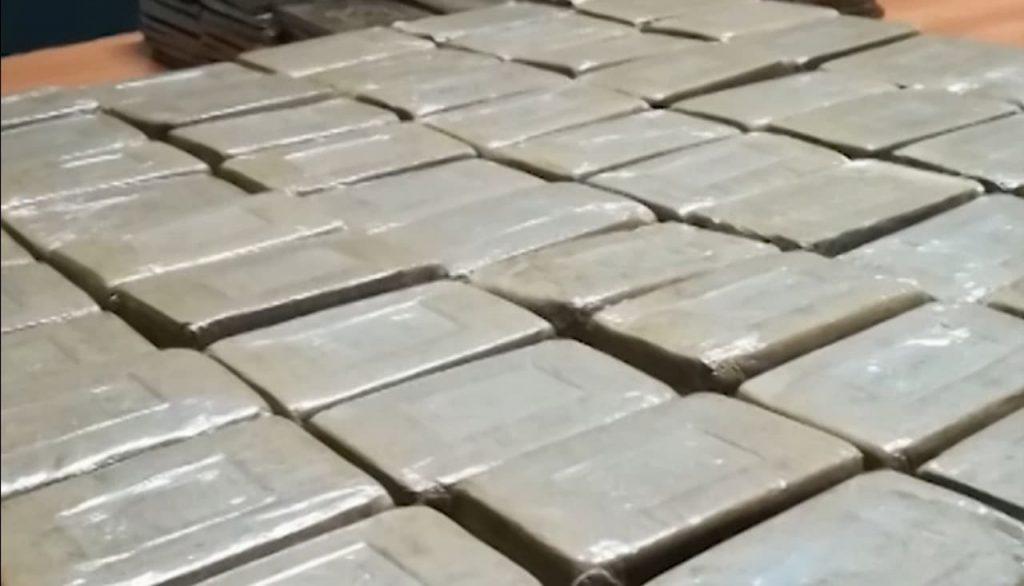 I piccoli pescherecci contrabbandano droghe