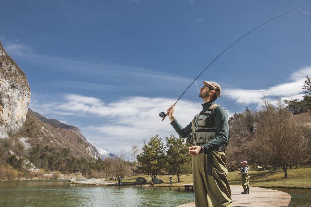 pesca con la mosca sui laghi trentini