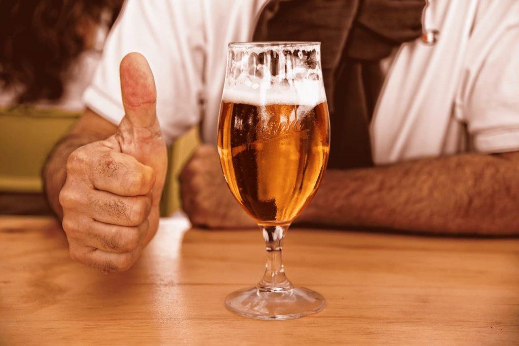 Birra o Vino da consumare con gli amici?